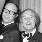 Basildon Standard: Bring me sunshine - statue of Morecambe and Wise to be unveiled in Blackpool