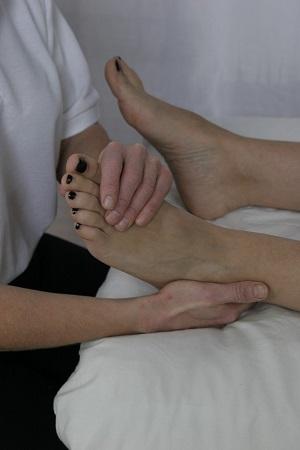 Reflexology for Friends and Family one day course in Leigh