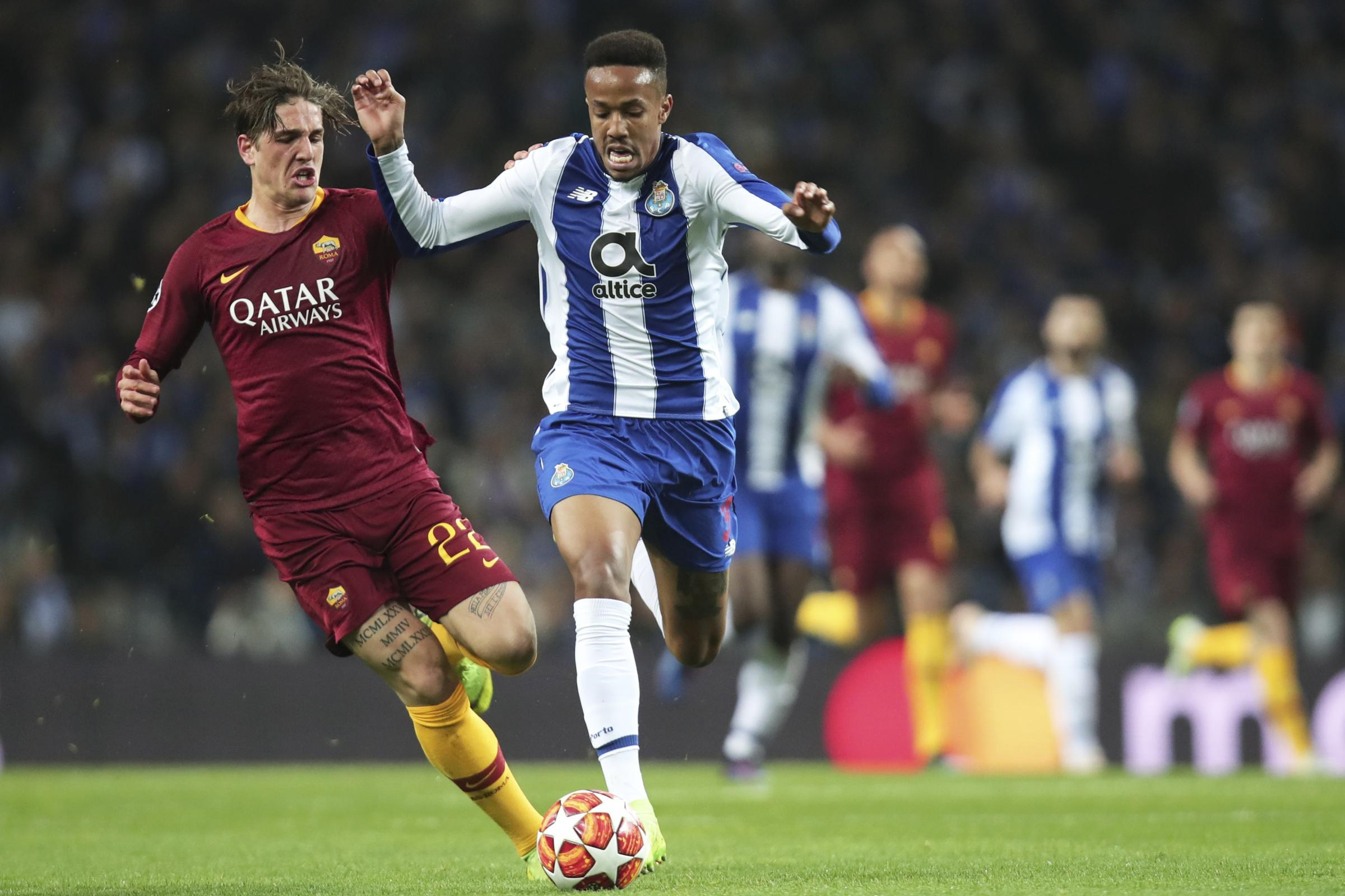 Eder Militao (right)