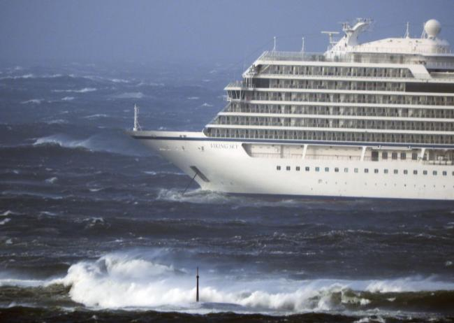 Britons tell of 'frightening' evacuation from cruise ship bound for Tilbury